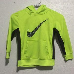 Boys NIKE hoodie in neon green. size 6